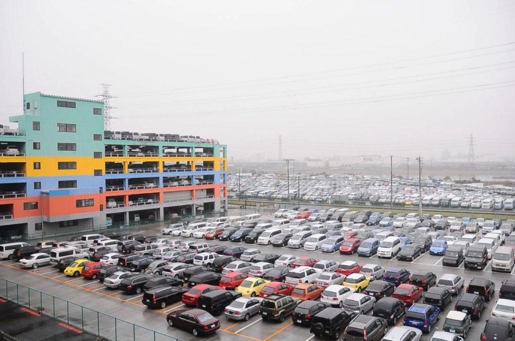 Japanese Car Auction Hall