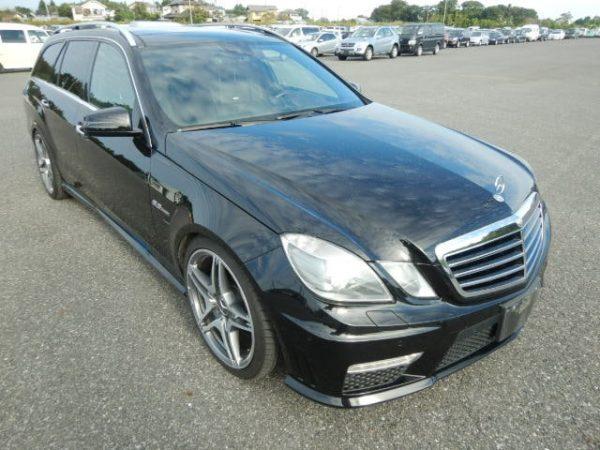 Mercedes Benz E2006 AMG del 63 in nero per esportazione