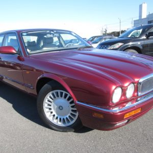 Good looking Jaguar XJ6